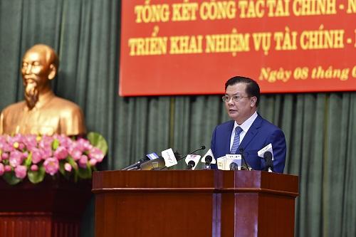Bộ trưởng Bộ Tài chính Đinh Tiến Dũng hứa sẽ quán triệt chỉ đạo của Thủ tướng.