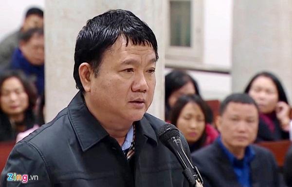 Ông Đinh La Thăng tự bào chữa tại tòa. Ảnh: P.D.