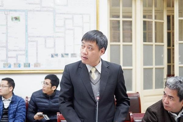 Ông Hoàng Đức Cường phát biểu tại một cuộc họp ứng phó với bão số 15 trong năm 2017 tại Bộ NN&PTNT. (Ảnh: Nguyễn Dương).
