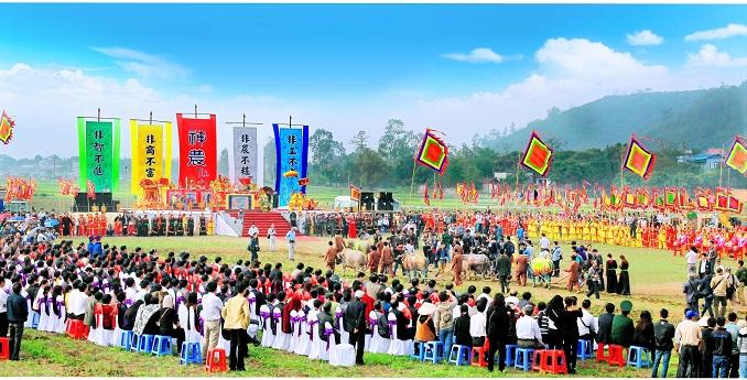 Toàn cảnh Lễ hội Tịch điền Đọi Sơn.
