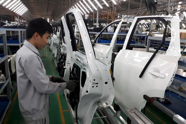 Bộ Công thương nêu rõ việc có một số các biện pháp để kiểm soát tốt lượng ô tô nhập khẩu và hỗ trợ cho sản xuất trong nước.