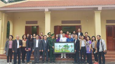 Đoàn luật sư tỉnh Quảng Ninh dâng hương tại đài tưởng niệm các anh hùng liệt sĩ Pò Hèn