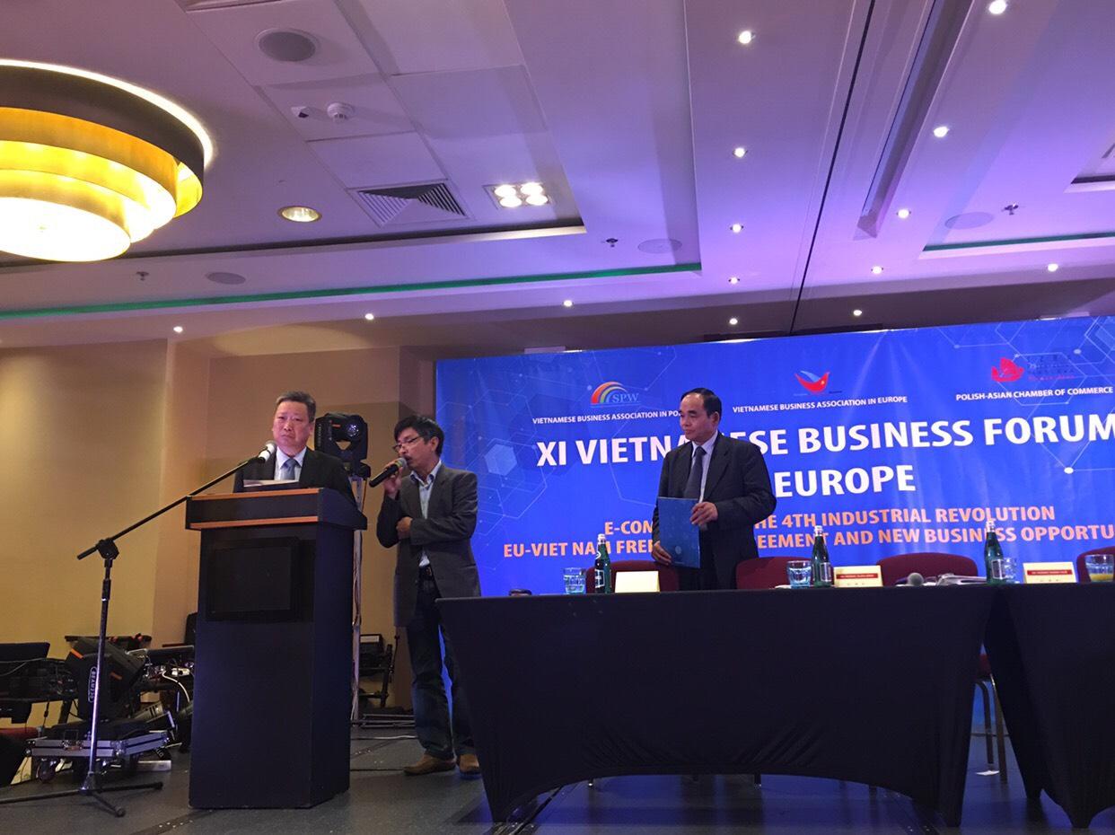 Diễn đàn văn hoá doanh nghiệp việt kiều Châu âu lần thứ XI: Xây dựng văn hoá doanh nghiệp để phát triển bền vững