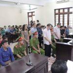 Xét xử gian lận thi cử Hà Giang: Vợ và em gái ông Triệu Tài Vinh vắng mặt