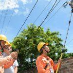 Lắp công tơ điện tử để giảm sai sót ghi điện