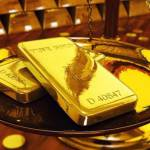 Giá vàng thế giới lao dốc mất mốc 1.700 USD