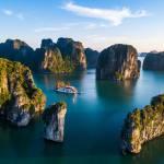 Vượt 'sóng thần COVID': Du lịch muốn 'cần câu' hơn 'con cá'