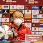 HLV Park Hang-seo. 'Các cầu thủ ĐT Việt Nam bất mãn với trọng tài'