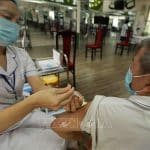 Hà Nội: 47,4% người trên 18 tuổi được tiêm hai mũi vaccine phòng COVID-19